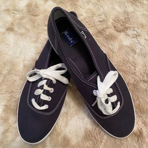 New Navy Lace up Keds sneakers